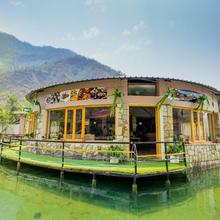 Poolside Cottages Near Sahastradhara in Dehradun