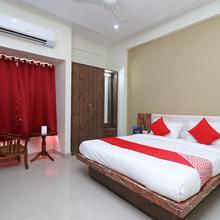 Oyo 13423 Kamdhenu Inn in Prayagraj