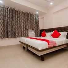 OYO 13511 Hotel Gems in Navi Mumbai