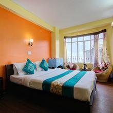 OYO 13638 Choice Hotel in Darjeeling