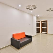 Oyo 13776 Hotel Grand Sahara in Savli