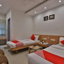 Oyo 1381 Hotel Harmony in Junichavand