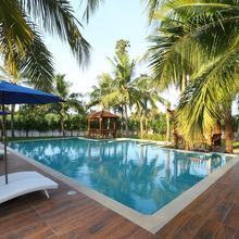 OYO 13820 Coco Retreat Farm in Oragadam