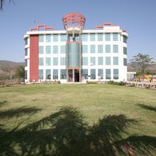 Oyo 13876 Aa Hotel And Resorts in Baddi