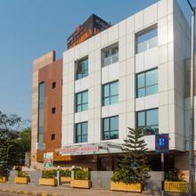OYO 13905 Hotel Grand Mookambika in Navi Mumbai