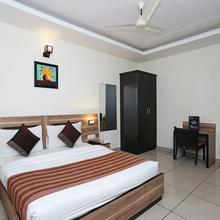 OYO 1391 Hotel Pushpa Vilas in Ghaziabad