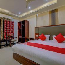 OYO 14044 Hotel Seacity Grand in Vishakhapatnam