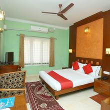 Oyo 14234 Kangappadan Residency in Thrissur