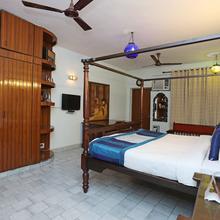 Oyo 1427 Hotel Malhar Haveli in Ghaziabad