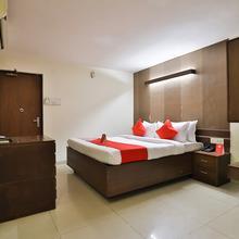 OYO 14411 Hotel Royal in Vadodara