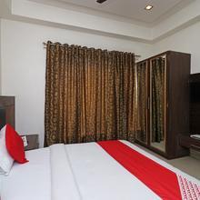 OYO 1446 Hotel Heera Celebration in Vrindavan