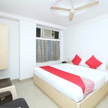 Oyo 14465 Hotel Cozy Residency in Jabalpur