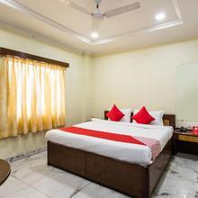 Oyo 14522 Ganga Residency in Akolia