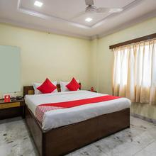 OYO 14522 Ganga Residency in Mhow