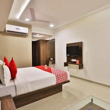 Oyo 14589 Hotel Royal Inn in Anand
