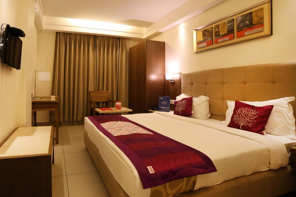 OYO 1460 Hotel Park N in Vijayawada