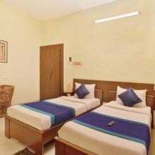 Oyo 1474 Nestlay Rooms Perungudi in Tambaram