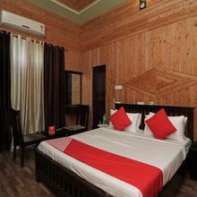 Oyo 14772 Vikas Hotel in Kathgodam