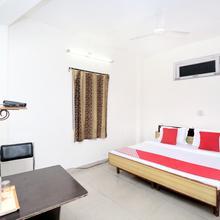 Oyo Home 14941 Srv Residency in Solan