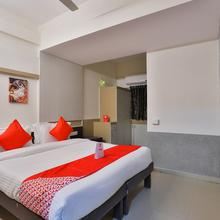 OYO 14942 Hotel Maple Leaf in Gandhinagar