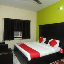 Oyo 15091 Gaurav Boarding House in Mathura