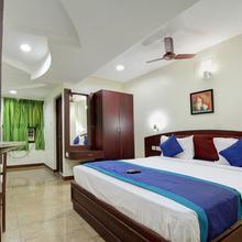 OYO 15120 Hotel Balini in Madurai