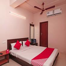 OYO 15249 Hotel Days Inn in Meerut