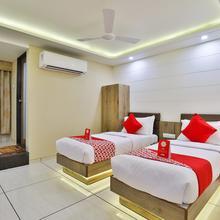 OYO 15453 Hotel Pearl in Vadodara