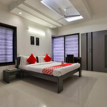 OYO 15508 Shreeji Sangeet Apartments in Vadodara