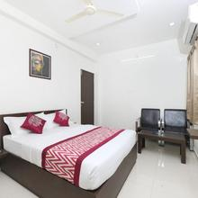 Oyo 15601 Bhimas Residency in Sulurpet