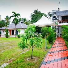 Oyo Home 15621 Lake View Resort in Turavur