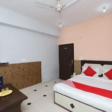 Oyo 15658 Maheshwaram Guesthouse in Mathura