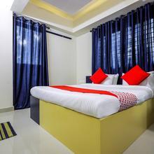 Oyo 15825 Blue Berry Apartments in Guruvayoor