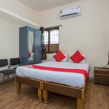 OYO 15847 Hotel Mathura Lodging in Odha