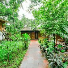 OYO 15962 Green Aura Resort Deluxe in Kumarakom