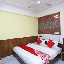 Oyo 15994 Hotel Bullet Inn & Lounge in Kota