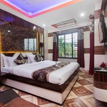 Oyo 16064 Tirupati Lodge in Baghdogra