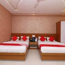 Oyo 16395 Hotel G K Palace in Gaya