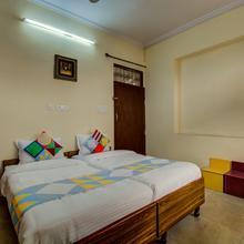 Oyo Home 16518 Supreme 2bhk in Dhanakya