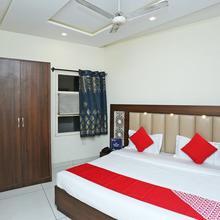 OYO 16520 Green's Hotel in Kauli