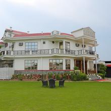 OYO 16564 Garden Resorts And Hotel in Meerut