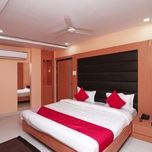 OYO 16590 Hotel Sapphire Inn in Sardarnagar