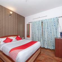 OYO 16645 Hotel Grand Palace in Ooty