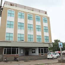 Oyo 16647 Hotel Batra Palace in Kesri