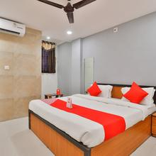 Oyo 16675 Hotel Krishna Inn in Surat