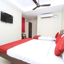 OYO 16691 Hotel Chakkaravarthi in Madurai