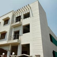 OYO 16714 Home Hanu Suha Residency 2x1 Studio @ Th in Cuddalore