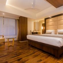 Oyo 16718 Hotel Aditya Residency in Virar