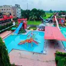 OYO 16730 Sea World Water Park in Jabalpur