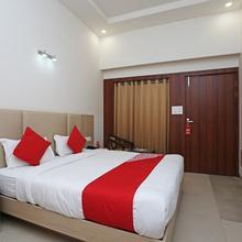 Oyo 16768 Hotel Lotus Grand in Vrindavan